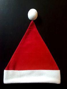 Aujourd'hui nous allons créer un bonnet de Noël pour petit ou grand, avec un patron hyper simple et très rapide à coudre.  Matériel : * Polaire/velours rouge * Polaire/velours/fausse fo… Crochet Christmas Gifts, Crochet Gifts, Christmas Crafts, Christmas Ideas, Couture Bb, Creative Kids, Christmas Time, Mini, Baby Kids