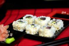 Sushi Uramaki z Tuńczykiem Krispie Treats, Rice Krispies, Vegan Ramen, Ramen Noodles, Ethnic Recipes, Desserts, Food, Tailgate Desserts, Deserts