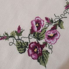 This Pin was discovered by Rai Embroidery Flowers Pattern, Flower Patterns, Elsa, Diy And Crafts, Cross Stitch, Cross Stitch Flowers, Cross Stitch Embroidery, Craft, Cross Stitch Art