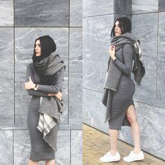 Holynights Claudia - Asos Scarf, Yyw Ribbed Grey Dress - Cozy scarf