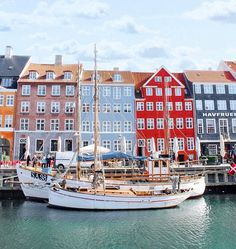 Denmark,place to visit in Copenhagen,Pretty colorful building in Copenhagen