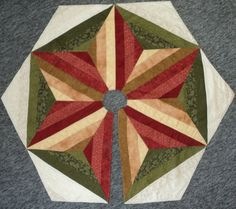 Christmas Tree Skirt Quilted Red Green Tan Quilt by HollysHutch Christmas Sewing, Christmas Items, Christmas Colors, Christmas Tree, Crochet Patterns Free Women, Crochet Blanket Patterns, Star Quilt Blocks, Heart Pillow, Crochet Pillow