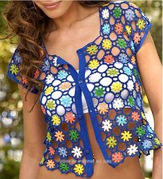 Blusinha de sobrepor com flores coloridas