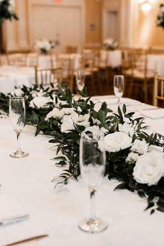 Neutral Wedding Decor, Black And White Wedding Theme, Modern Wedding Reception, Wedding Ceremony Decorations, Wedding Centerpieces, Wedding Ideas, Wedding Floral Arrangements, White Floral Centerpieces, Floral Wedding
