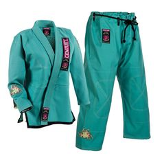 Find jiu jitsu and judo gi to look the part whether training or competing. Discover the best martial arts uniforms and apparel at Century Martial Arts. Judo Gi, Brazilian Jiu Jitsu Gi, Best Martial Arts, Female Fighter, Taekwondo, Kickboxing, No Equipment Workout, Karate, Ami James