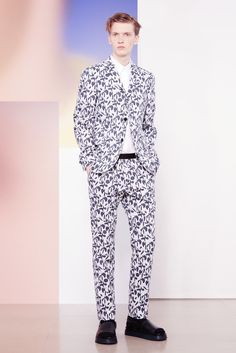 A look from the Jil Sander Spring 2015 Menswear collection.