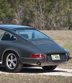 1970 Porsche 911S Maintenance/restoration of old/vintage vehicles: the material for new cogs/casters/gears/pads could be cast polyamide which I (Cast polyamide) can produce. My contact: tatjana.alic@windowslive.com