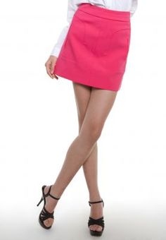 Electrify your fashion portfolio with this Fuchsia skirt tailor pocket by Korean Selection. Tone it down with a white crisp shirt for a fun yet professional look at the office.