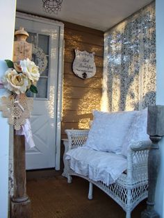 A Joyful Cottage: Living Large In Small Spaces - Shabby Chic Retreat (Repeat)