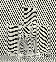 . Op Art, Still Life Photography, Art Photography, Distortion Photography, Fotografia Tutorial, Still Life Art, Jolie Photo, Grafik Design, Textures Patterns