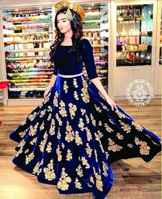 Bollywood Indian Party Wear Lehenga Lengha Choli Wedding Saree Pakistani Lehenga for sale online Lehenga Choli Designs, Indian Lehenga, Western Lehenga, Pakistani Formal Dresses, Indian Dresses, Asian Wedding Dress Pakistani, Party Wear Lehenga, Bridal Lehenga, Dress Party