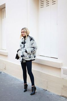 oversized textured coat, skinny jeans & ankle boots #style #fashion #winter