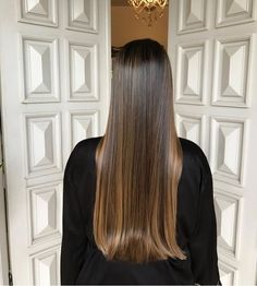 26 Prettiest Hairstyles for Long Straight Hair in 2019 - Style My Hairs Chocolate Hair, Chocolate Brown, Natural Hair Styles, Long Hair Styles, Dark Hair, Brown Hair, Brown Brown, Smooth Hair, Brunette Hair
