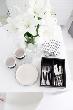 White home | Magisso cooling ceramics | table setting