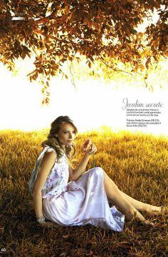 Blusa da Antix no Editorial da Revista Uma de janeiro/2013.