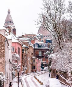 Pretty Montmartre covered in snow.  Paris, France.
