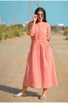 Embroidery On Kurtis, Kurti Embroidery Design, Ethnic Fashion, Indian Fashion, Reception Gown, Fancy Dress Design, Fit N Flare Dress, Lakme Fashion Week, Cotton Dresses