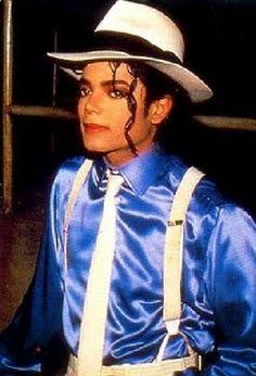 As imagens do vídeo ''Smooth Criminal'' Michael Jackson Smooth Criminal, Photos Of Michael Jackson, Michael Jackson Smile, Liam Neeson, Women Lawyer, Do Video, Hollywood, Like4like, Dancer