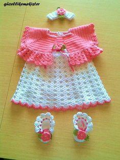 crochelinhasagulhas: Vestido rosa e branco em crochê para menina
