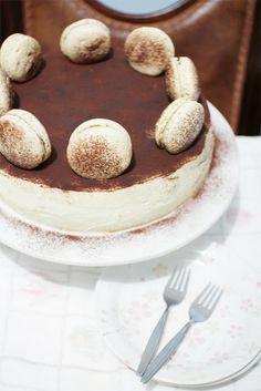 The Cupcake Ballroom A Tiramisu Hybrid Chiffon Cake And Macarons