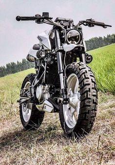 53 Ideas For Scrambler Motorcycle Street Tracker Motorbikes Ducati Scrambler, Cafe Racer Motorcycle, Motorcycle Art, Motorcycle Design, Motorcycle Girls, Triumph Bobber, Scrambler Custom, Custom Bobber, Triumph Bonneville