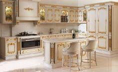 Asortie, klasik ve lake mutfak dolapları ile sizlere gösterişli ve ergonomik mutfaklar sunuyor. Klasik mutfak modelleri mekana özel ölçülü yapılabiliyor. Lüks mutfak dekorasyonunda mutfak mobilyaları klasik, artdeko, avangard ve modern olarak
