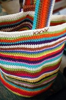 I seriously have to make this bag someday.