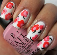 365 days of color: FLOWER NAIL ART