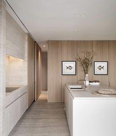 Home minimalist kitchen modern Ideas Wood Floor Bathroom, Wood Floor Kitchen, Kitchen Flooring, Kitchen Tiles, Kitchen Cabinets, Wood Cabinets, Kitchen Layout, Minimalist Furniture, Minimalist Interior