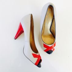 Seychelles heels Seychelles peeptoe shoes in ivory and red. Leather upper. Size 9. The last photo shows the signs of wear, priced accordingly. Seychelles Shoes Heels