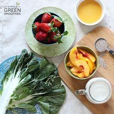 Strawberry Peach Refresher Green Smoothie | Simple Green SmoothiesSimple Green Smoothies