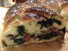 Treccia di panbrioshe salata Bagel, Oreo, Pane Pizza, Panini, Food, Buffet, Collage, Pasta, Google