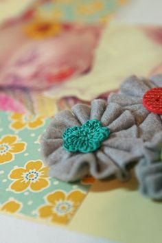 Felt flower tutorial!