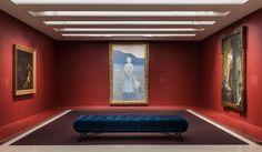 Nella mostra che la Collezione #PeggyGuggenheim dedica al #Simbolismomistico è fondamentale l'allestimento, che ricrea l'atmosfera dei Saloni parigini di fine #Ottocento | #AdItalia #AD #Archdigest #Architecturaldigest #architecture #architettura #interior #design #art #arte