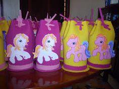 Resultado de imagen para cotillones en foami para fiestas infantiles