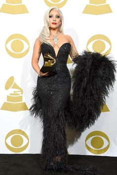 Lady Gaga Photos - Singer Lady Gaga, winner of Best Traditional Pop Vocal Album for 'Cheek to Cheek,' poses in the press room during The Annual GRAMMY Awards at the STAPLES Center on February 2015 in Los Angeles, California. Lady Gaga Outfits, Lady Gaga Fashion, Dress Fashion, Fotos Lady Gaga, Lady Gaga Pictures, Divas, Justin Timberlake, Lady Gaga Looks, Moda Lady Gaga