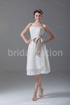 www.BridalIzation.com/Beautiful-Ivory-Zipper-back-Bow-Bea...    more..  @ http://fashioncentris.com
