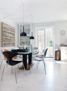 Hjemme hos designeren: Lenas sans for form og farve - Boligliv