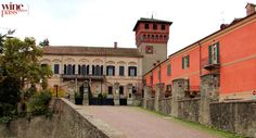 Bubbio's Castle from the 1200s has been reconstructed in Neo-medieval style and hosts a fine hotel and restaurant. Piemonte, Italy