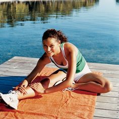 How to Get Back Into a Workout Routine: Schedule a race, strive for consistency and eat properly.   #SelfMagazine