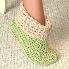 Free Crochet Patterns to Print   Crochet Pattern Cuffed Boots Slippers in Women and Kids Sizes PDF 12