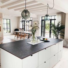 Devon House, Beach House, Montana, Sweet Home, Windows, Mansions, Living Room, Interior Design, The Originals