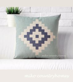 $15 | Geometric Art | Decorative Throw Pillow Cover#homedecor #pillowcover #geometricart #geometrica #throwpillows
