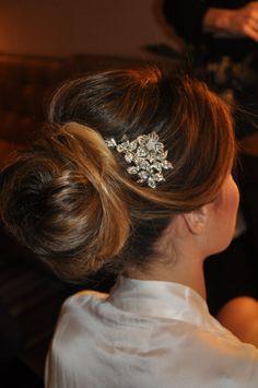 Casamento Bruna Caldoncelli - coque impecável, com acabamento invisível, bem volumoso.