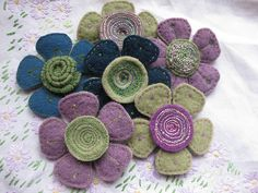 Wooly Felt Embroidery Flowers by kayla coo, via Flickr