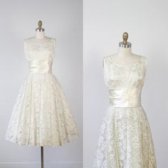$495.00 - 1950s Cream Lace Full Skirt Wedding Dress Vintage by salvagelife, $495.00