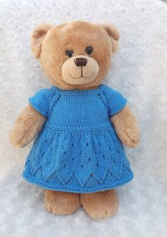 knitted doll patterns Linmary Knits: Teddy top down dress Knitted Dolls Dress Pattern, Knitting Dolls Free Patterns, Knitted Dolls Free, Knitting Dolls Clothes, Baby Doll Clothes, Crochet Doll Clothes, Bear Patterns, Knitting Bear, Teddy Bear Knitting Pattern