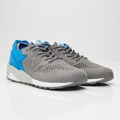 official photos 94ec8 d42d4 New Balance M580 - Mrt580d5 - Sneakersnstuff   sneakers   streetwear online  since 1999