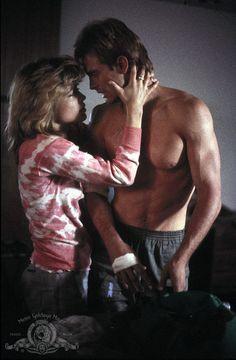 Linda Hamilton and-Michael Biehn in The-Terminator 1984 Movie Image
