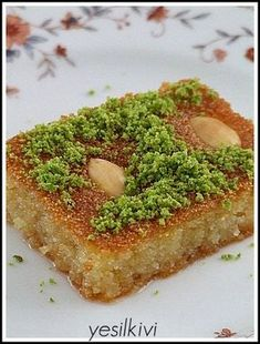 the sambal, Dessert recipes Avocado Salad, Avocado Toast, Avocado Dessert, Lebanese Desserts, Turkish Sweets, Delicious Desserts, Yummy Food, Danish Food, Iftar
